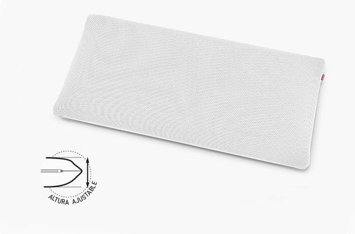 Las líneas con especificaciones de longitud enmarcan la almohada BODYGUARD Plus: 13 x 80 x 40 cm (AlxAnxPr). Al lado: altura regulable.